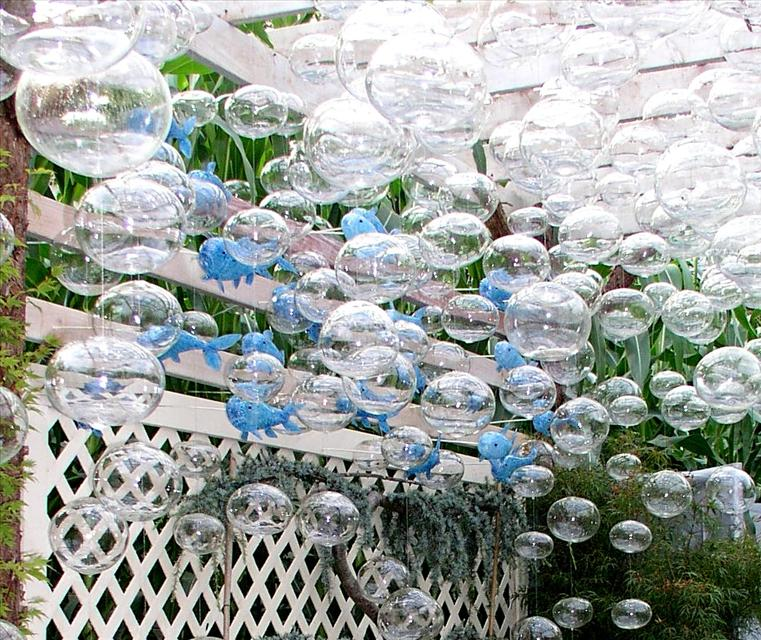 Picture of Ocean Motion Garden Art Blown Glass Arrangement